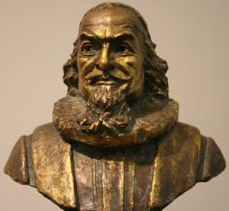 Petter-Dass-statue_web