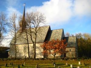 Alstahaug kirke høst